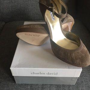 Charles David nude suede heels